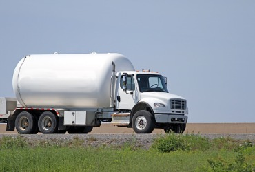 A truck on the road on the way for a Fuel Delivery in Peoria IL